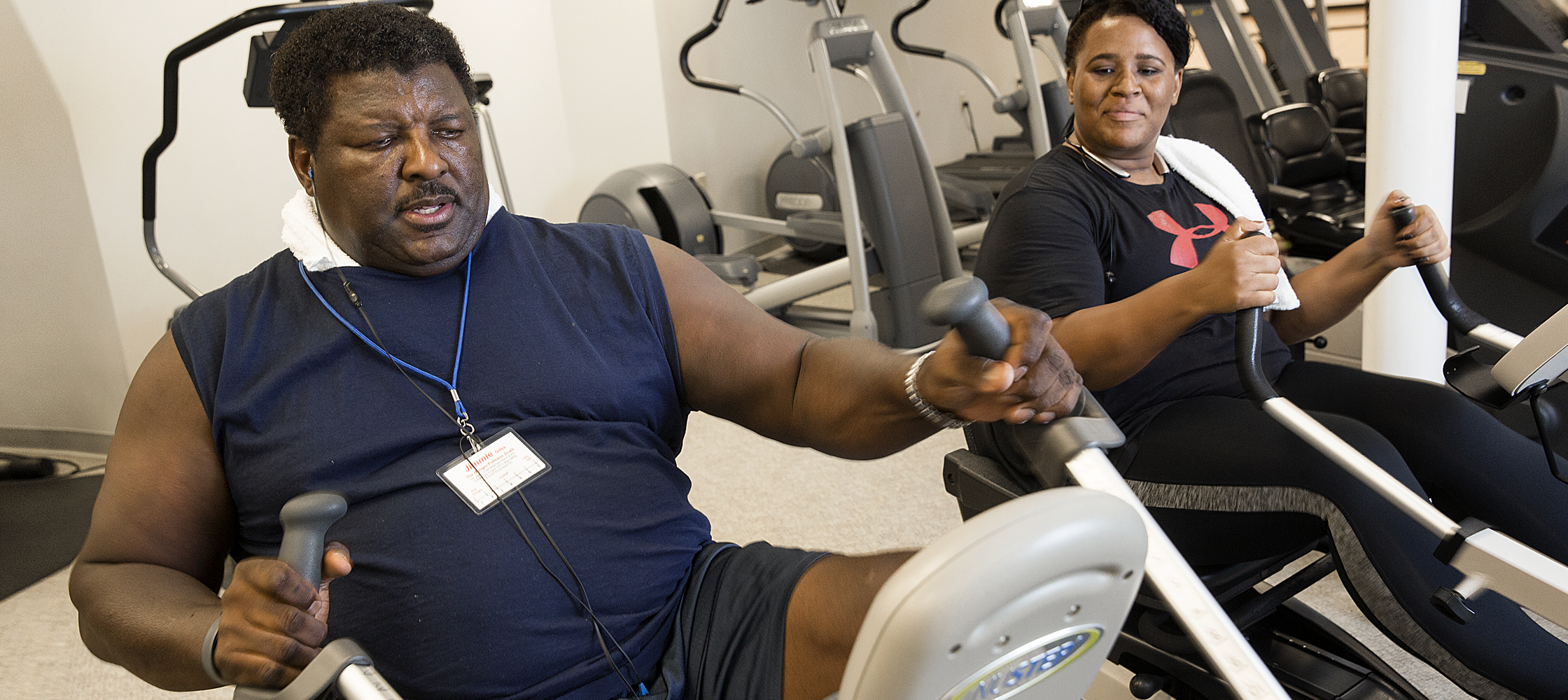 Jimmie Giles working out
